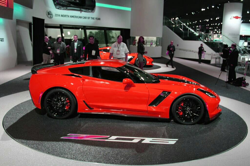official z06 torch red picture thread - Corvette 2015 Z06 Red