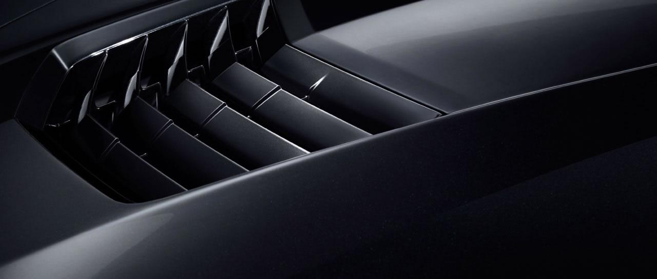 Name:  2014-Chevrolet-Corvette-Cyber Gray-9.jpg Views: 9774 Size:  49.6 KB