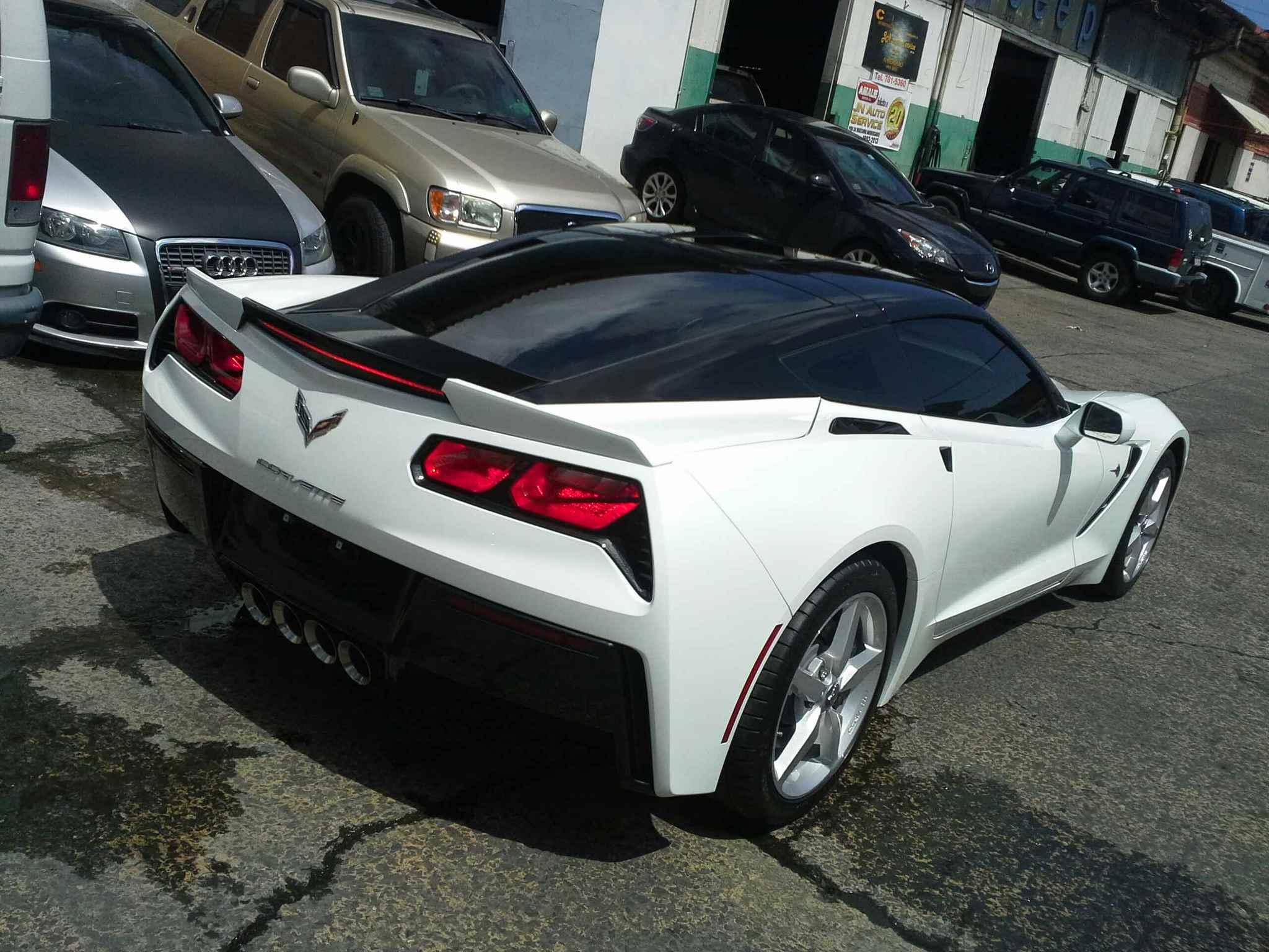 C7 White With Black Roof Wraped Front Splitter Side