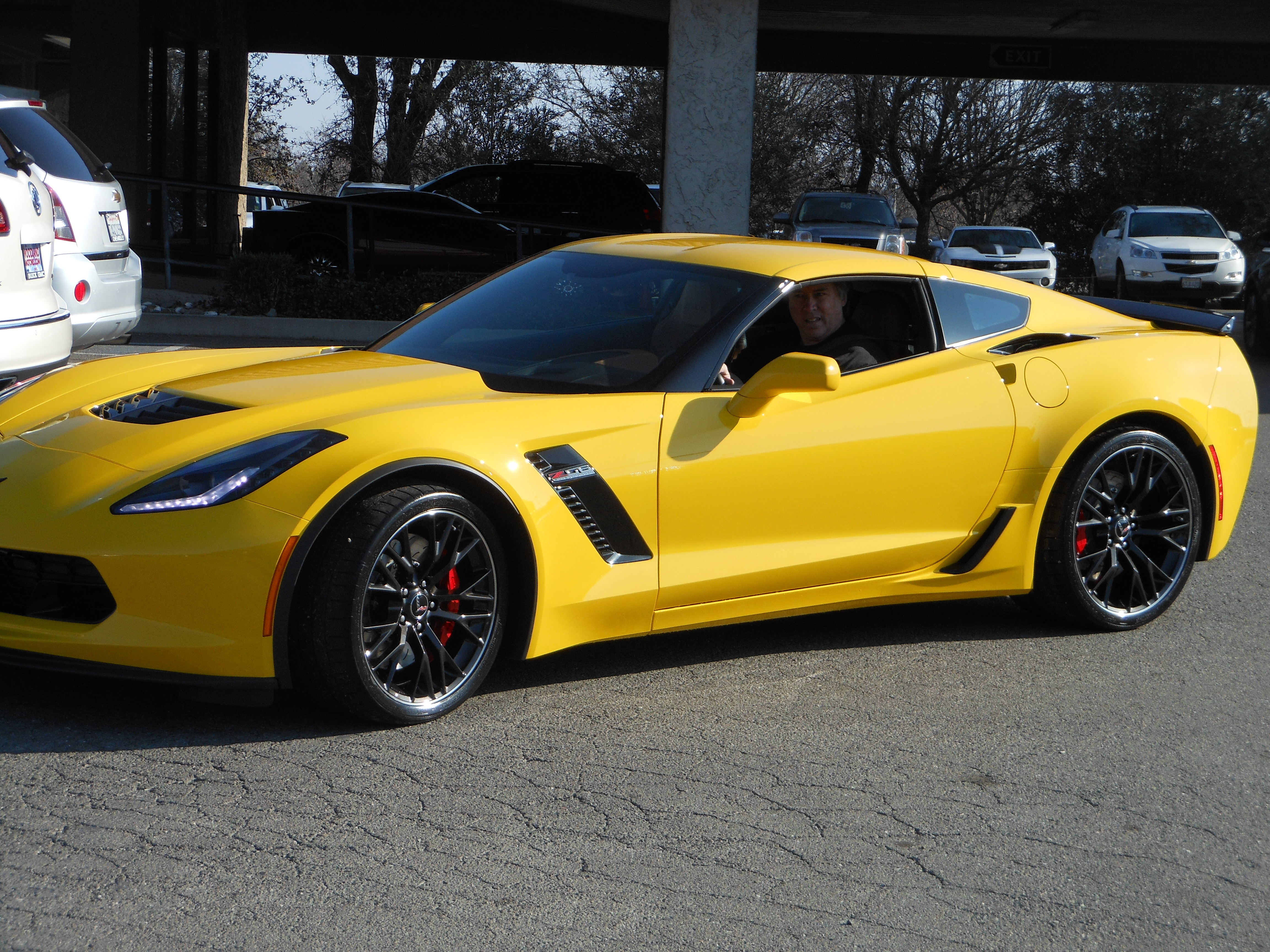 Official Z06 Velocity Yellow Picture Thread - Page 4