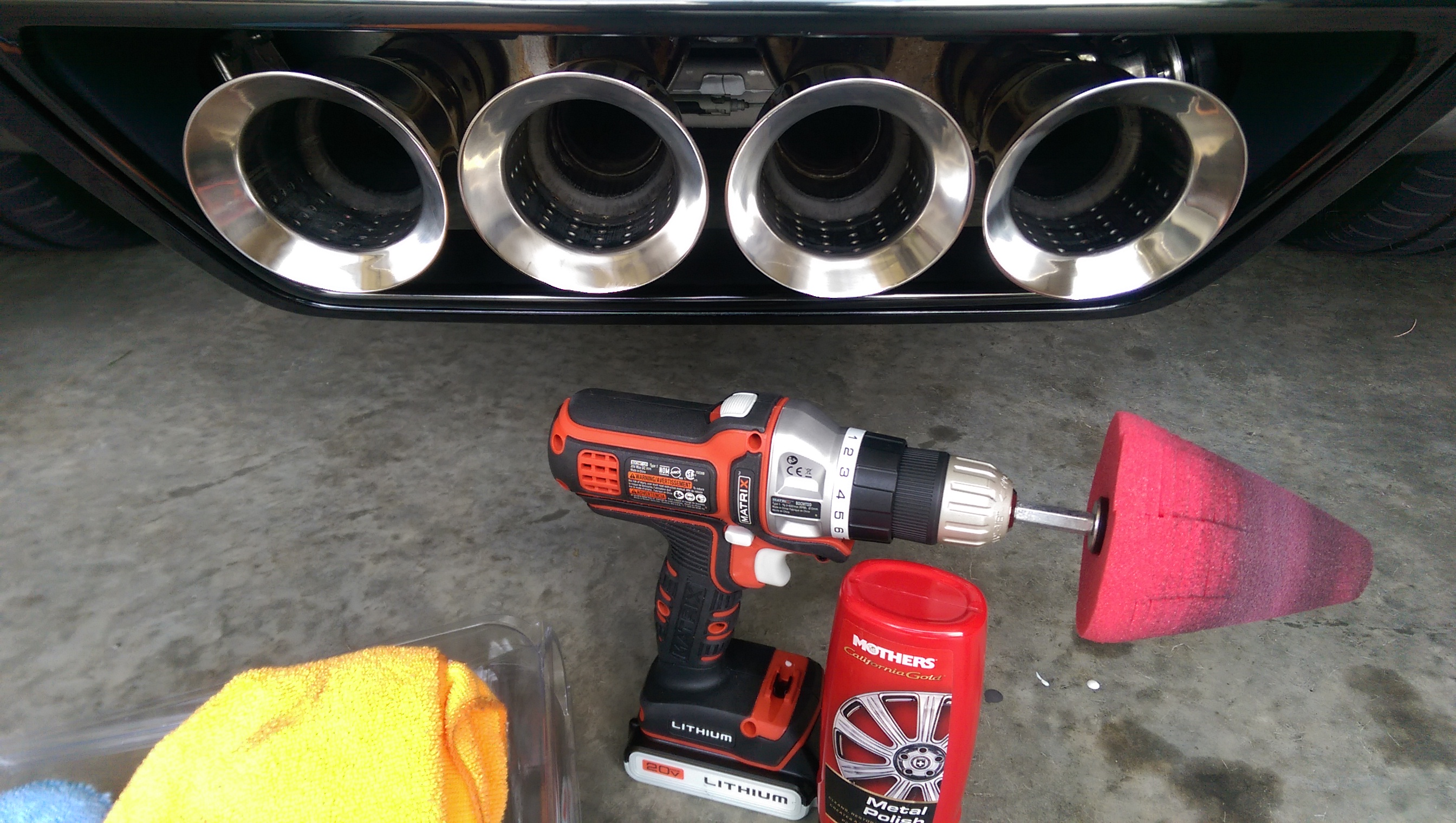 how to clean exhaust tips
