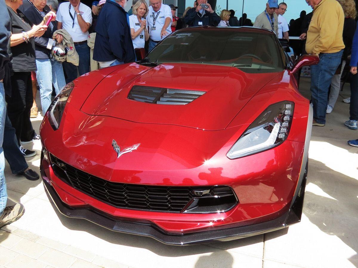 2016 corvette pricing announced - 2016 Corvette Stingray And Z06 Spice Red Design Package