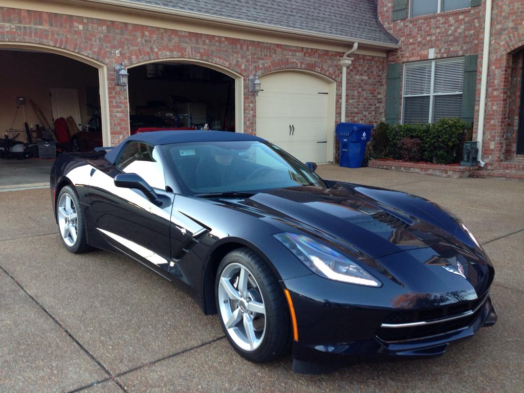 2014 Corvette Convertible Blue Night race blue different