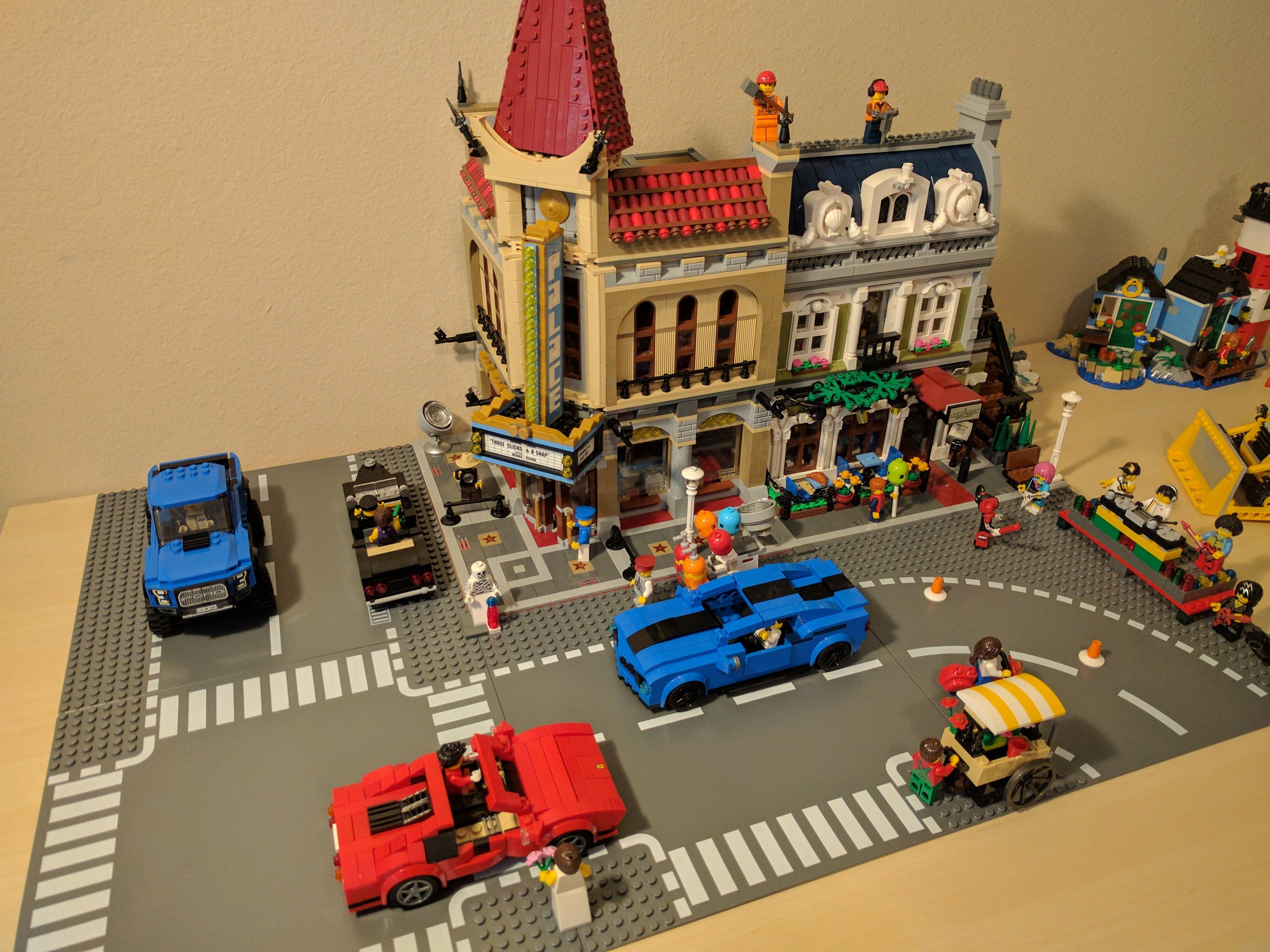 I made a C7 with LEGO Digital Designer
