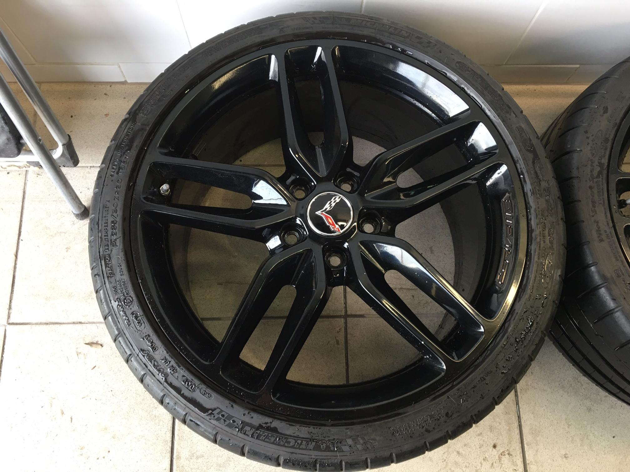 sold factory z51 black wheels michelin pilot super sport zp tires. Black Bedroom Furniture Sets. Home Design Ideas