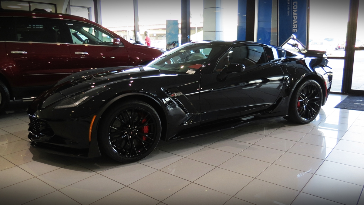 Black Z06 Z07 With Exposed Carbon Fiber Hood Beautiful