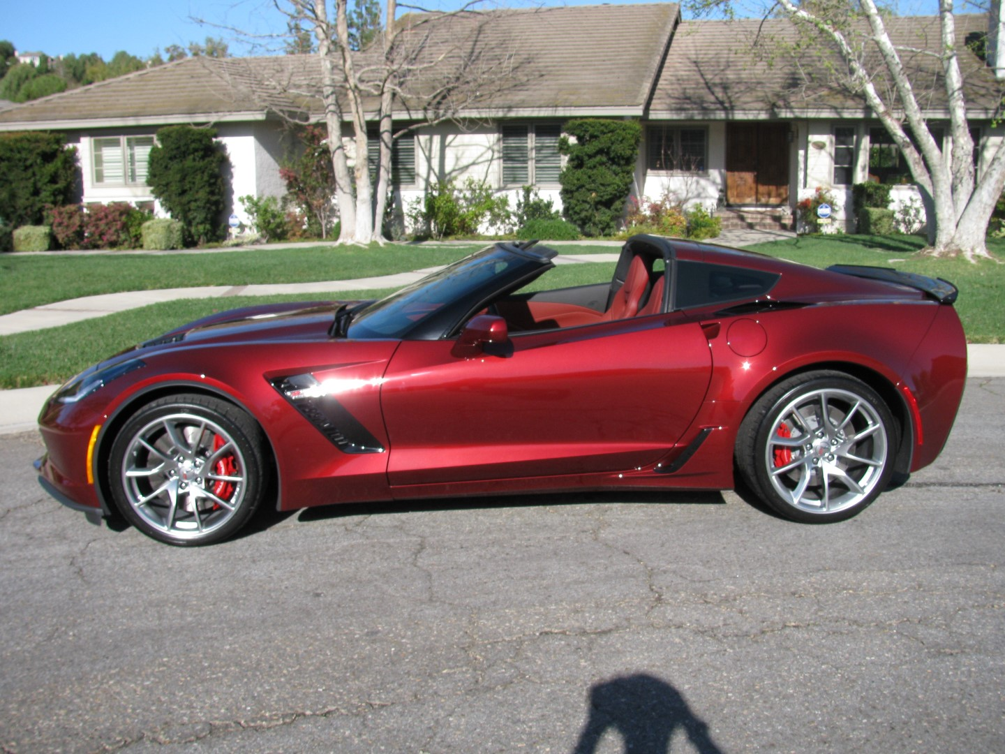 name img_7656 largejpg views 1141 size 3803 kb - 2016 Corvette Stingray And Z06 Spice Red Design Package