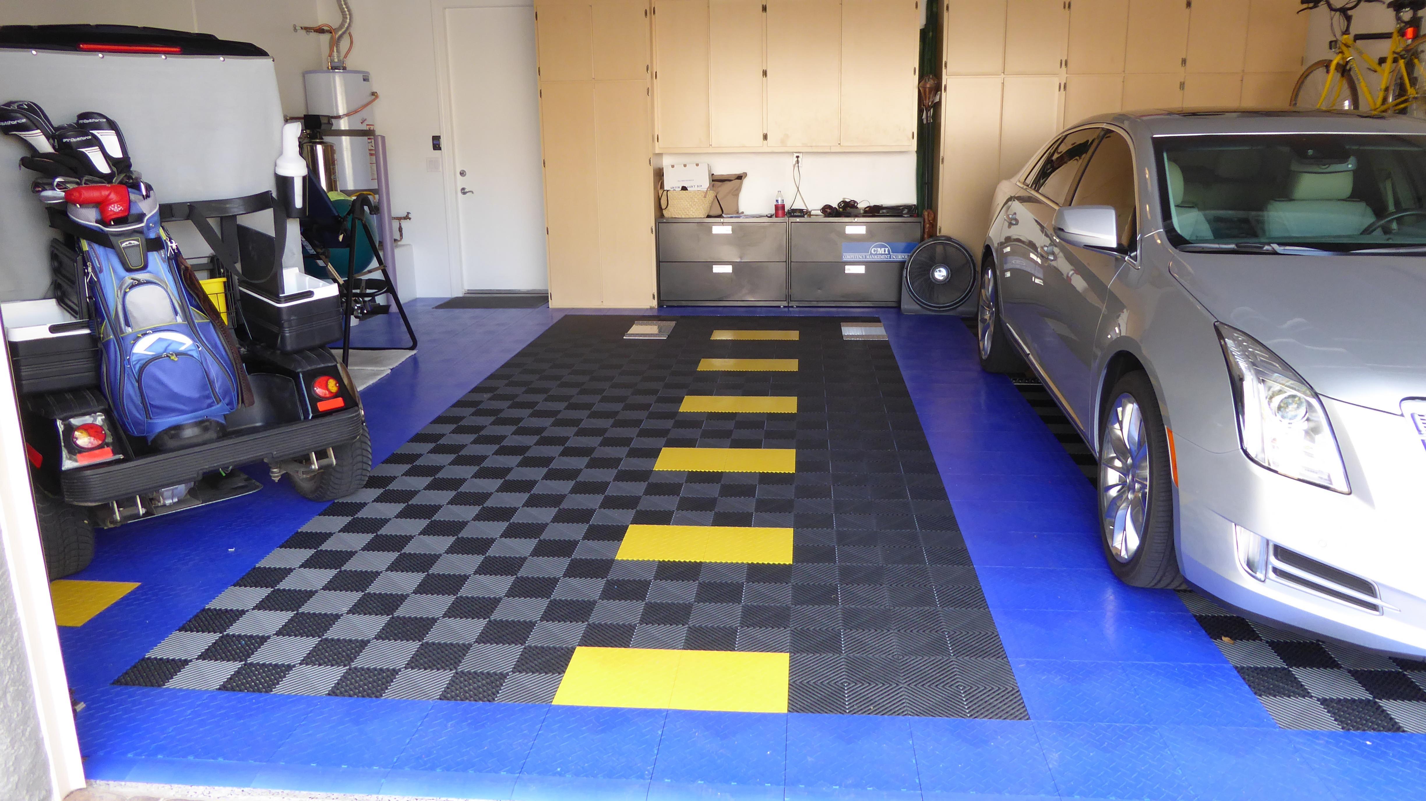 Installing racedeck garage flooring name p1050253g views 1517 size 116 dailygadgetfo Gallery