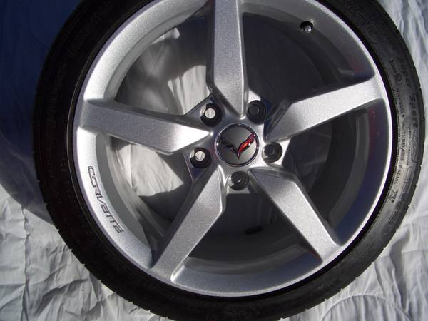 """Run Flat Tires >> For sale: nearly new 2015 18"""" 19"""" factory OEM Corvette tires and wheels, great price!"""